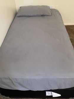 Twin Bed for Sale in Homestead,  FL