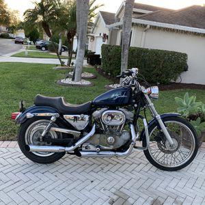 Year 2000 (Sporter Harley Davidson 883cc) for Sale in Wellington, FL