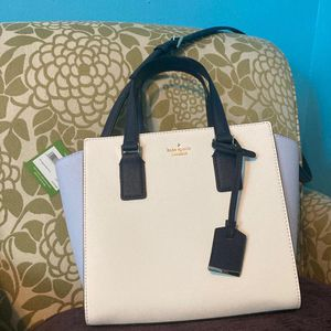 Kate Spade New York Cameron Street Small Haydee Bag for Sale in West Columbia, SC