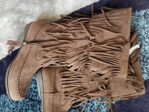 Women's mid calf fringe boots for Sale in Grapevine, TX