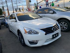 -2015-Nissan-Altima-MUY FACIL DE LLEVAR- for Sale in Los Angeles, CA