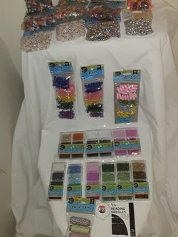 38 PIECE BEADING STARTER SET FOR HOURS OF FUN AND CREATIVITY & EVERYTHING IS BRAND NEW!! for Sale in Lynnwood,  WA