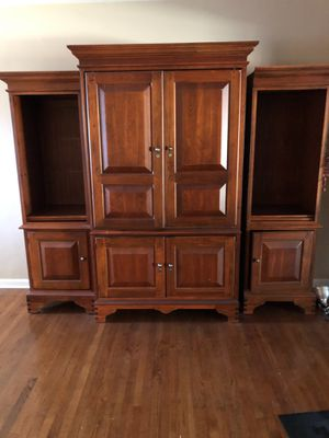 "42"" TV Entertainment Center for Sale in Montclair, CA"