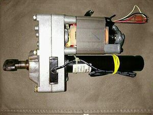 NordicTrack C2150 Treadmill Replacement Incline Motor 215397 PUSH 900 for Sale in Highland, CA