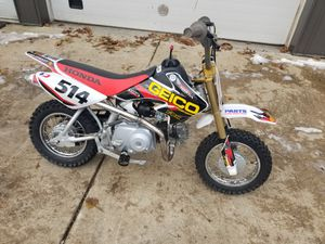 2004 Honda CRF50 dirt pit play bike for Sale in Burlington, IL