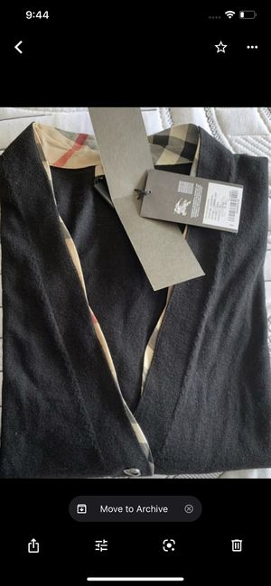 Burberry Women sweater for Sale in San Diego, CA