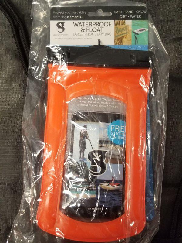 Waterproof Gecko backpack and phone case