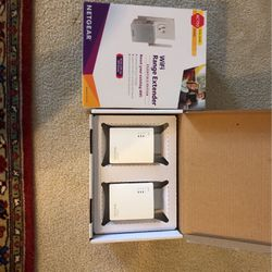 WiFI Extender and 200Mb/s Ethernet Over Powerline for Sale in Laguna Niguel,  CA