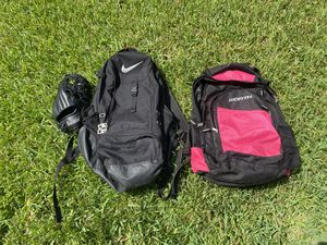 2 softball bags w/glove for Sale in Cypress, TX
