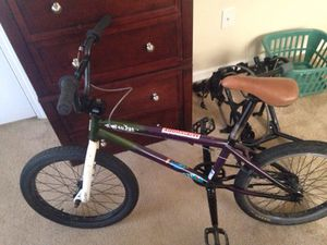 Specialized fuse dirt/bmx bike for Sale in Kennesaw, GA