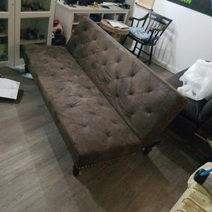 DHP Charleston Vintage Tufted Futon - Brown for Sale in Seattle, WA