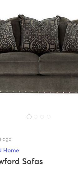 Cindy Crawford Collection Loveseat for Sale in Fairfield,  NJ
