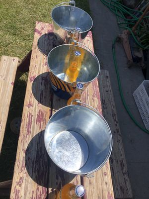 Colectable beer backets brand new. for Sale in Sanger, CA
