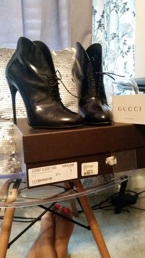 Gucci Bootiesy sz US 7 for Sale in Nashville, TN