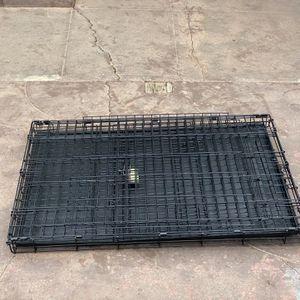 Dog Kennels For Sale $100 For Large $75 For The Medium Size for Sale in Castro Valley, CA