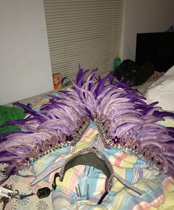 Carnival (samba) headdress