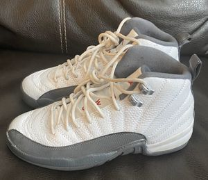 Like New Jordan 12 Size 7 for Sale in Columbus, OH