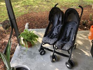 Double Stroller Chicco for Sale in Miami, FL