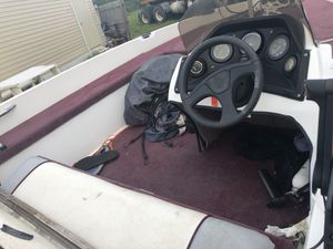 Bass Boat for Sale in Indian Lake Estates, FL