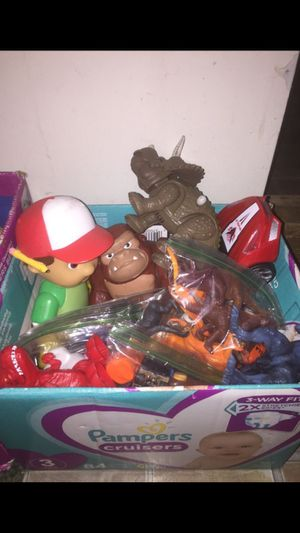 Box Of Toys ( MAKE AN OFFER ) for Sale in Houston, TX