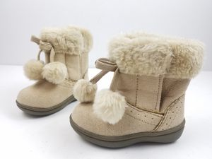 Girls Toddler Faded Glory Winter Boots Size 3 Biege Pull On Faux Fur for Sale in Walton Hills, OH