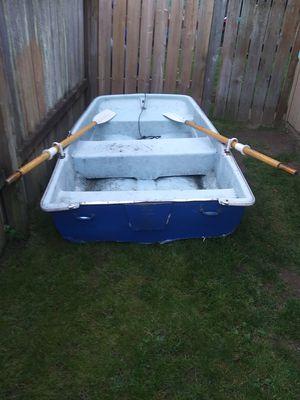 7 foot fiberglass fishing boat with oars for Sale in Lake Stevens, WA