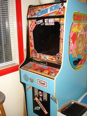 1981 Vintage Donkey Kong Arcade Game for Sale in Tempe, AZ