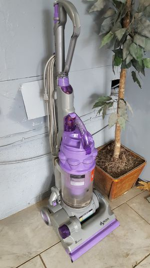 Dyson vacuum for Sale in Airmont, NY