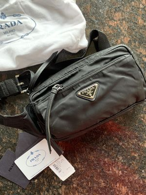 Prada waist Bag for Sale in Troy, MI