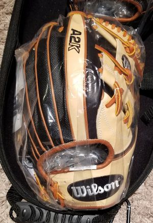 "NEW 2020 Black Superskin and blonde Wilson A2K Baseball Glove 11.75"" for Sale in Elgin, IL"