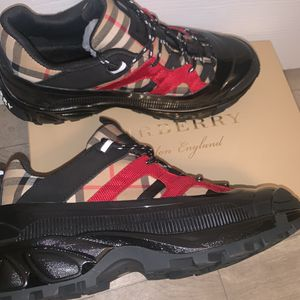 Burberry Vintage Check Author Sneakers for Sale in Baton Rouge, LA