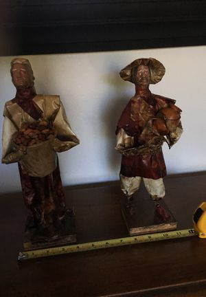 Paper collectibles 1 foot tall for Sale in Fort Worth, TX