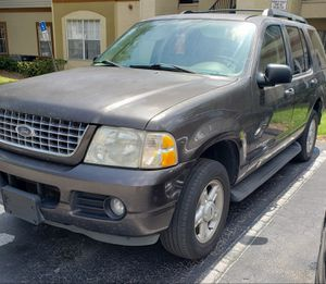 2005 Ford Explorer Xlt for Sale in Orlando, FL