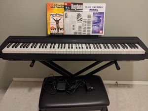 Yamaha Digital Piano P45B + Stand/Bench/Books for Sale in Milton, WA