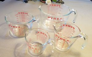 Pyrex measuring cups (set of 4) for Sale in Redondo Beach, CA