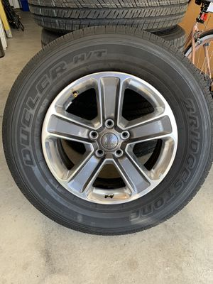 2019 Jeep JL stock wheels and tires for Sale in Tracy, CA