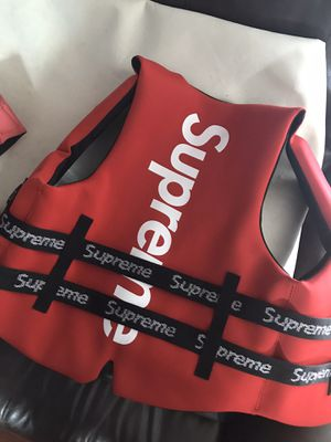 Life jacket life vest supreme XL for Sale in Miami, FL
