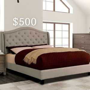 EASTERN KING BED FRAME AND MATTRESS INCLUDED for Sale in South Gate, CA