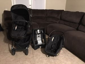 baby carrier and stroller for Sale in Houston, TX