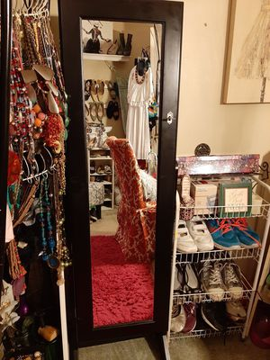 Free-Standing Jewelry Armorie for Sale in Chester, VA