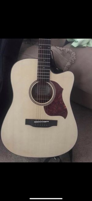 Donner acoustic guitar. Need to sell ASAP! for Sale in Rahway, NJ
