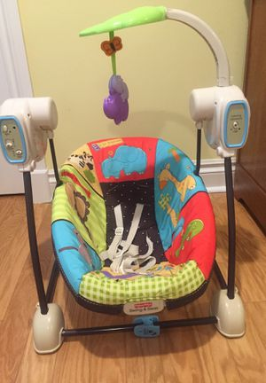 Fisher Price Baby swing and seat for Sale in Stuart, FL