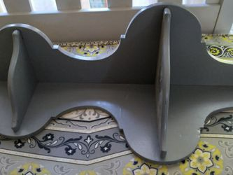 Gray Wood Corner Shelf for Sale in Puyallup,  WA