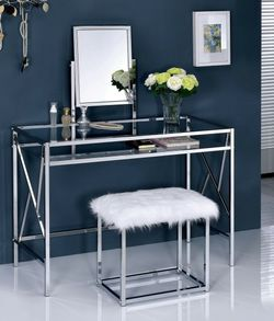 Glam Vanity Table Set In Chrome for Sale in East Los Angeles,  CA
