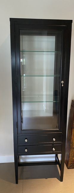 Wood/Glass Cabinet for Sale in Miami, FL