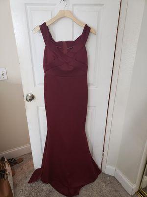 Long elegant dress size medium for Sale in Ontario, CA