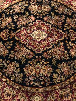 Authentic hand knotted Indo-Persian design rug 5X5 for Sale in Alpharetta,  GA