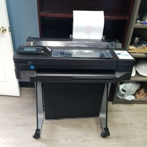 HP Designjet T520 With Paper And Ink for Sale in Placentia, CA