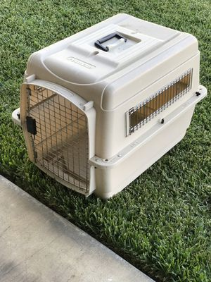 PET CARRIER for Sale in Norco, CA