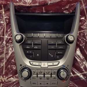 2009-2012 CHEVY EQUINOX COMPLETE STEREO DISPLAY . LIKE NEW!! $30 for Sale in Pawtucket, RI